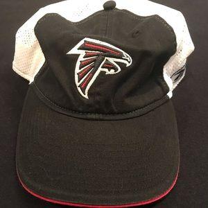 Reebok Atlanta Falcons mesh Velcro close cap